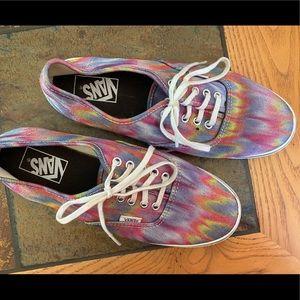 Tie dyed Vans! W 8.5,  M 7
